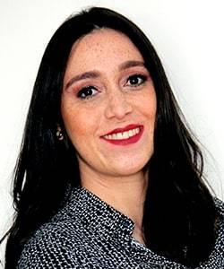 Dr. Ana Luiza