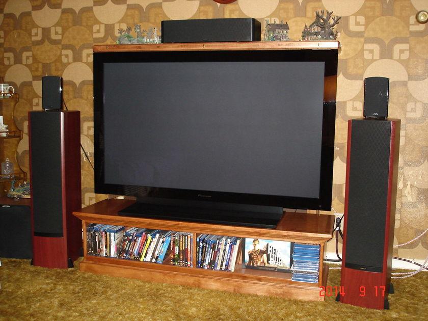 Pioneer KRP-600M 60 inch Plasma Monitor TV