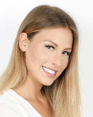 Alexandra De Simon