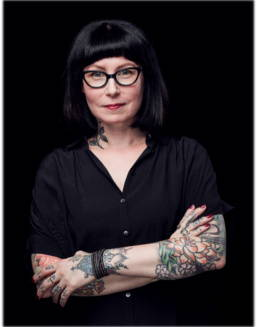 Portrait of Tattoo Artist Zoe Bean by photographer Eric Jukelevics
