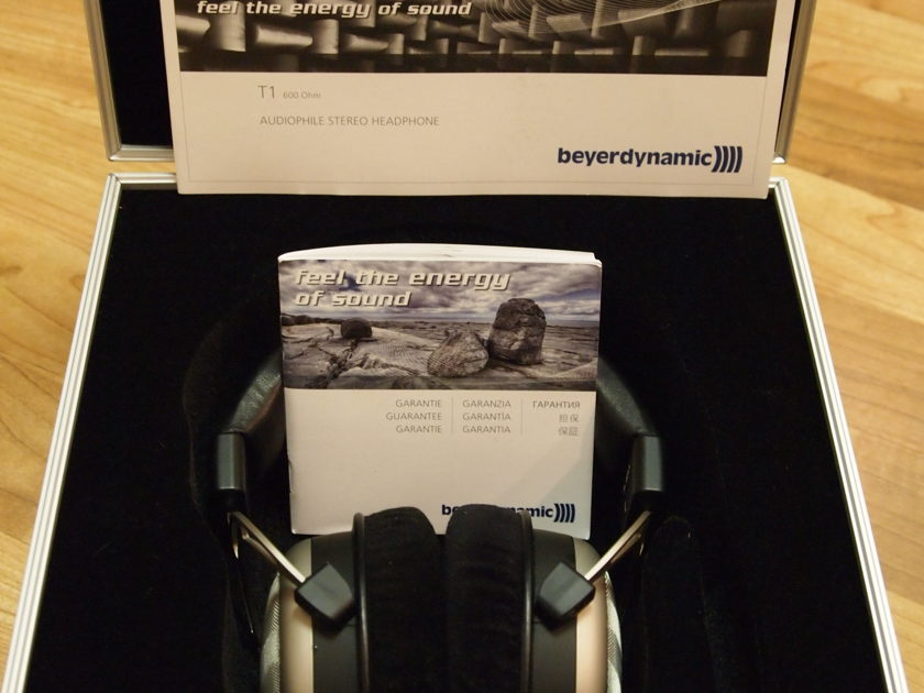 Beyerdynamic  T1 Premium Semi-Open Dynamic Headphones -- ** MINT / S/N #4715 **
