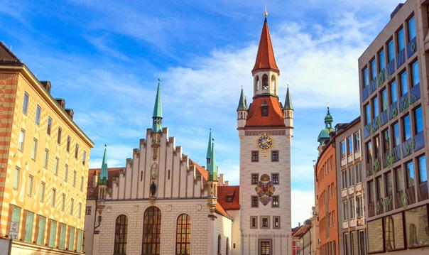 Путешествие во времени - Авто-пешеходная прогулка по Мюнхену