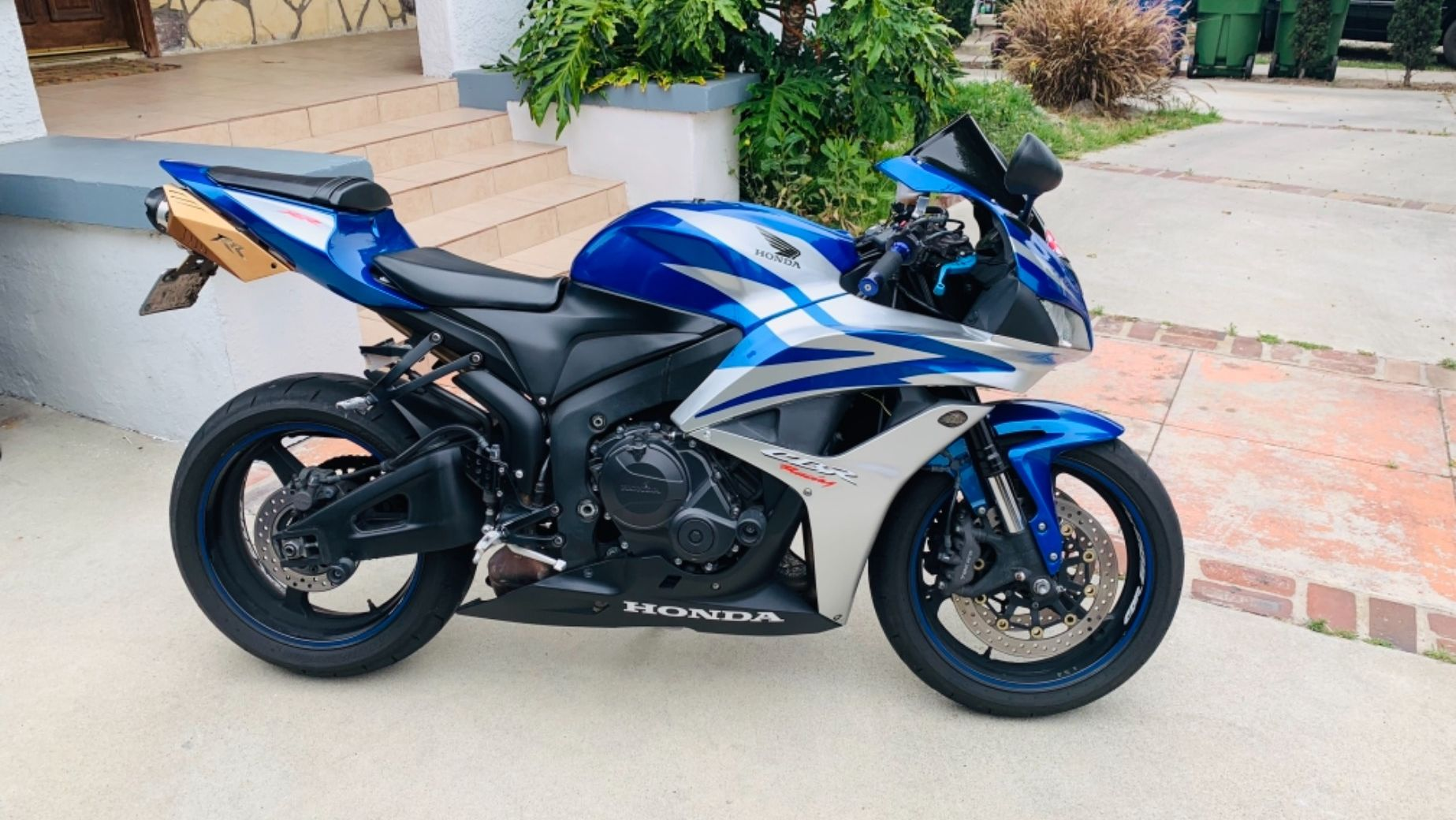Excellent Honda Cbr 600 Rr For Rent Near Los Angeles Ca Gmtry Best Dining Table And Chair Ideas Images Gmtryco