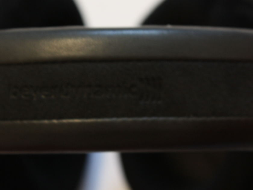 Beyerdynamic T1   Headphones. Perfect Condition, High Serial Number.