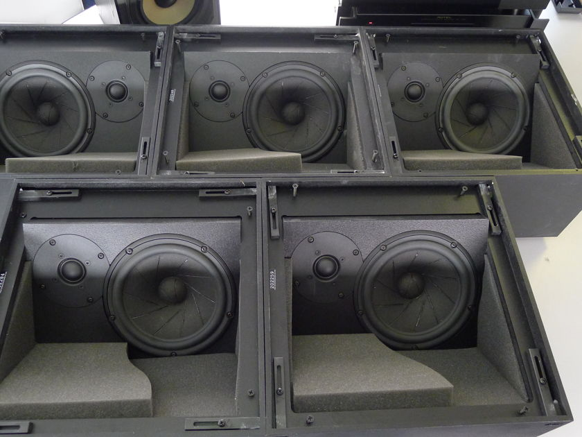 Triad Gold MiniMonitor InCeiling/8 Speakers (5)  Full Surround System!