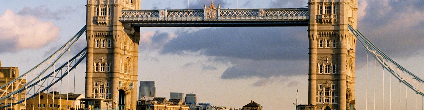 Тауэр и Тауэрский мост