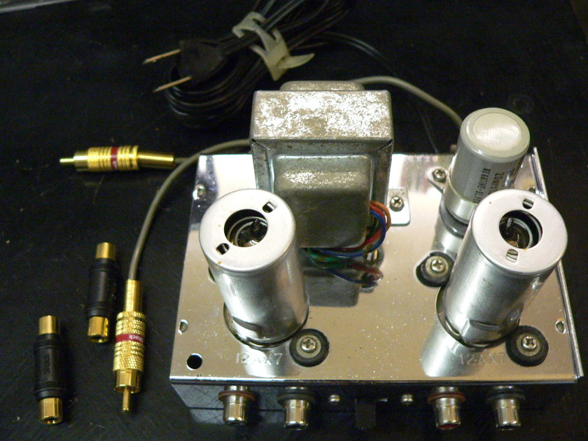 Tube Phono Preamp made in Japan using 2 12AX7 tubes
