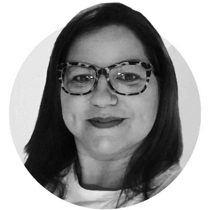 Mariana bodra, ooh advertising in brazil sao paulo, rio de janerio