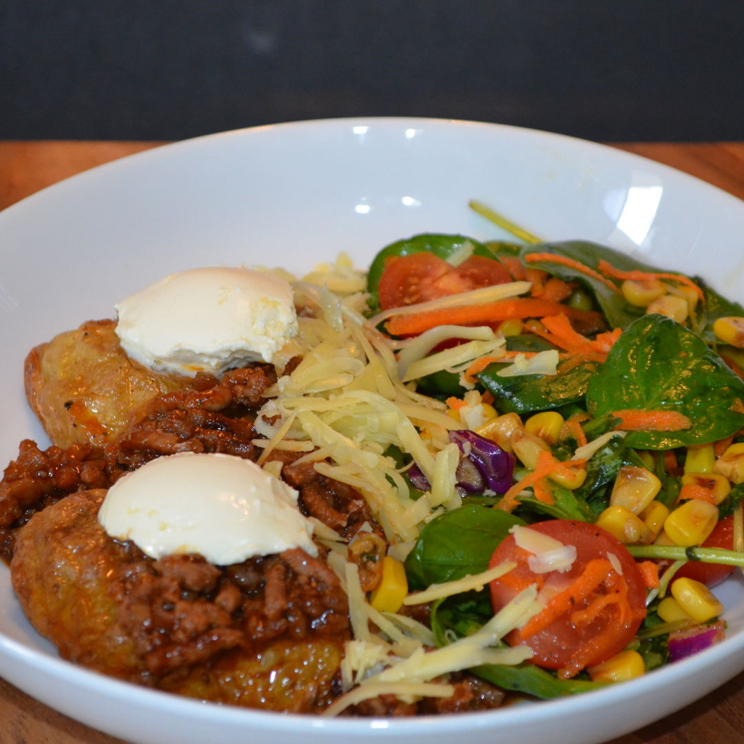 Date: 29 Mar 2020 (Sun) 94th Main: Mexican Beef Loaded Jacket Potatoes with Sour Cream & Salad [290] [158.0%] [Score: 9.0] Cuisine: Mexican Dish Type: Main The jacket potatoes were loaded with spiced minced beef, sour cream and cheddar served with salad.