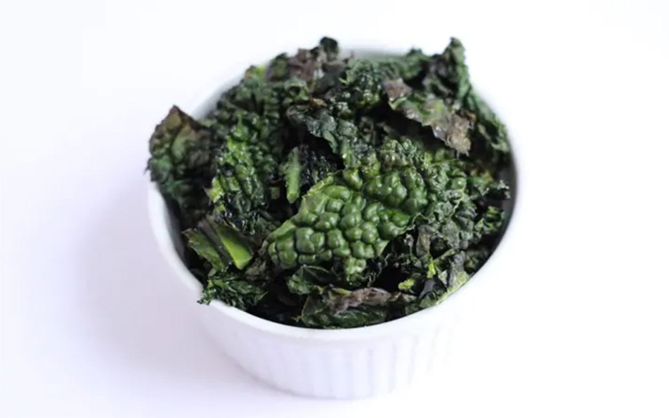 Keto side dishes: Kale chips