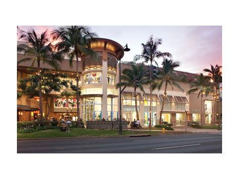 Royal Hawaiian Center - $100 Gift Card
