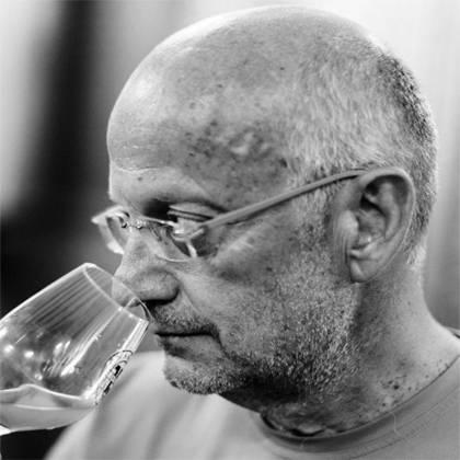 France, vin nature, rawwine, organic wine, vin bio, vin sans intrants, bistro brute, vin rouge, vin blanc, rouge, blanc, nature, vin propre, vigneron, vigneron indépendant, domaine bio, biodynamie, vigneron nature, cave vin naturel, cave vin, caviste, vin biodynamique, bistro brute, Quimper, Finistère , emmanuel taillez, domaine de cazaban, joseph parcé, cabardès, languedoc