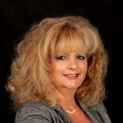 Ghislaine Castonguay  Real estate agent RE/MAX Platine