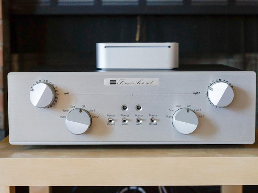 First Sound Presence Deluxe 4.0 Mk III Amazing preamp