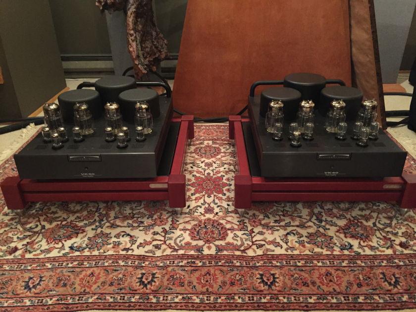 BAT VK-60 Mono amps, AUCTION!