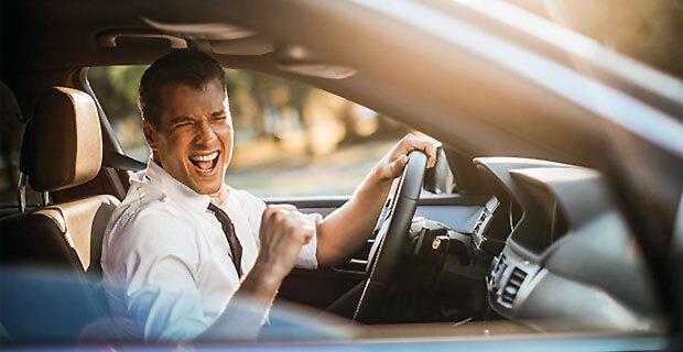 Американские водители предпочитают эфирные радиостанции - Новости радио OnAir.ru