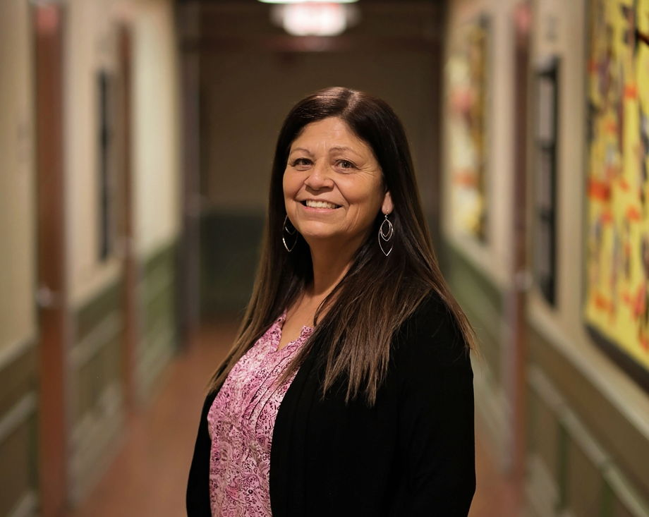 Sandra Soto , Education Coach