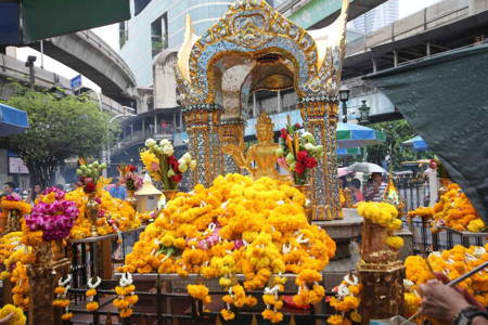 Bangkok Shrines Walking Tour