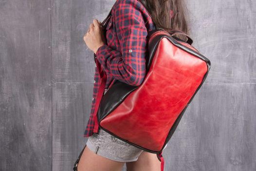Рюкзак унисекс combinare nero e rosso