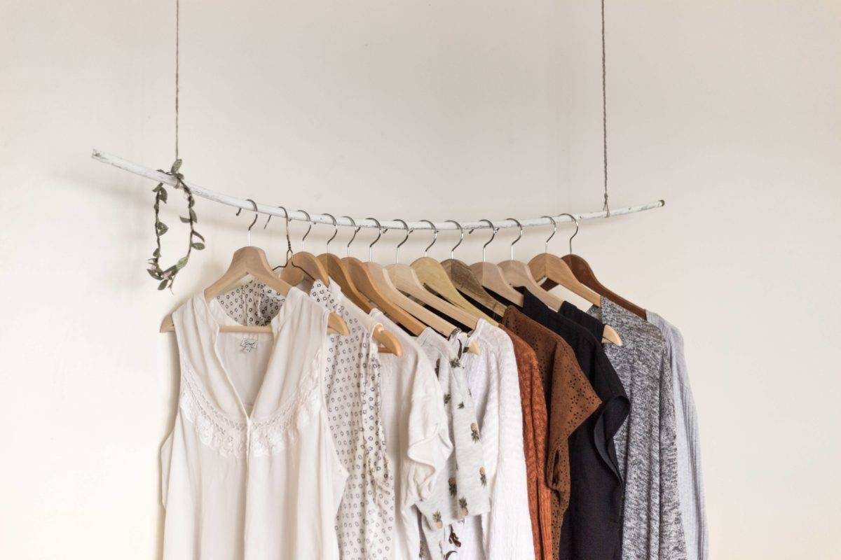 spring cleaning tips and tricks for the bedroom closet