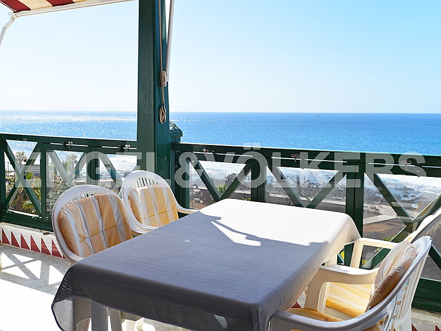 Costa Adeje - Property for sale in Tenerife: Penthouse with ocean views in Playa de las Américas, Tenerife South, Engel & Völkers Costa Adeje