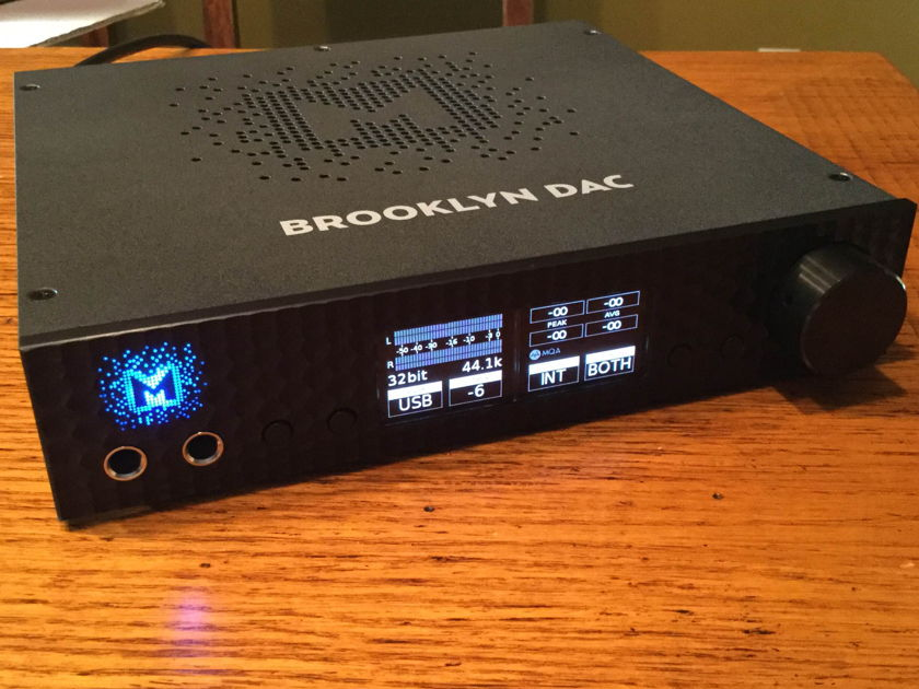 Mytek Brooklyn DAC, Pre-Amp & Headphone Amp Black Mint Like New!