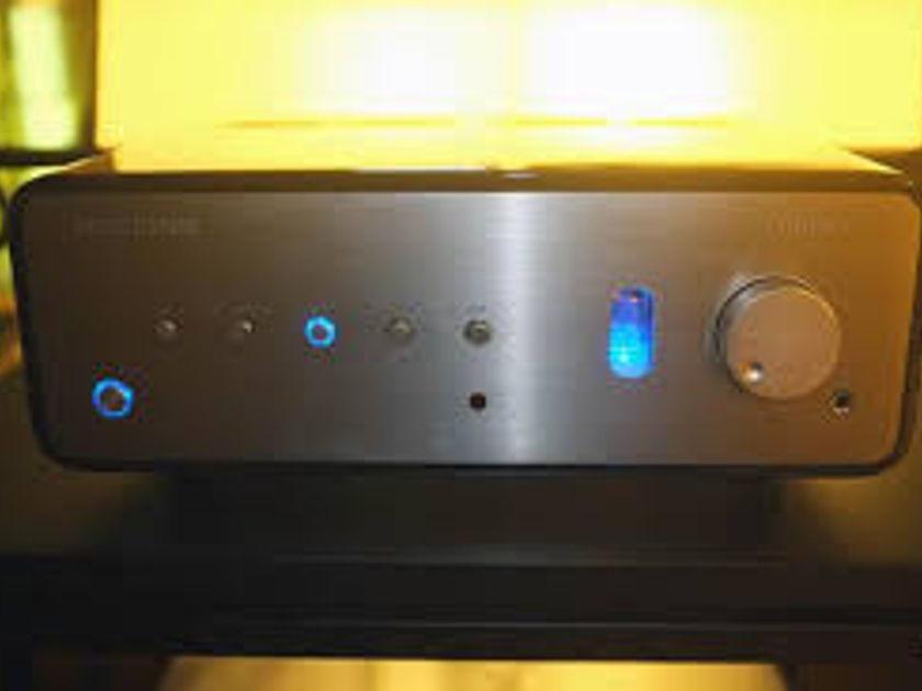 Peachtree Audio Nova 220SE practically unused