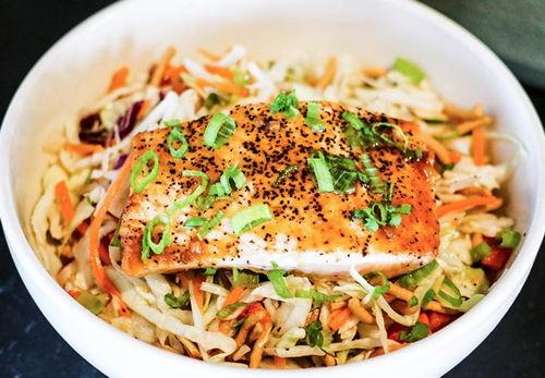 Asian Sesame Salmon Salad