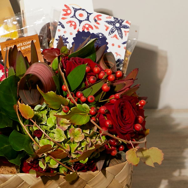Flowers and More_flowers_delivery_interflora_nz