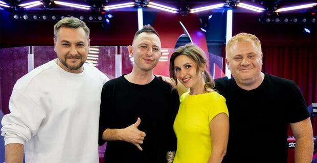 Группа «Звери» дала живой концерт в рамках «Золотого микрофона» на «Русском Радио» - Новости радио OnAir.ru