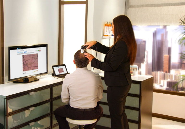 Hair Loss Expert Using Trichoview