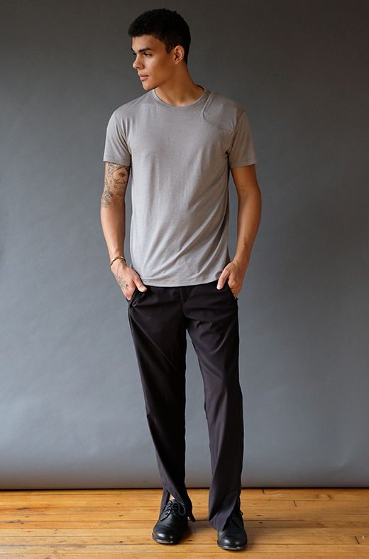 EUPHORIC – INCREDIBLY CLEVER MERINO SILK TRAVEL T-SHIRT NEUTRAL GREY