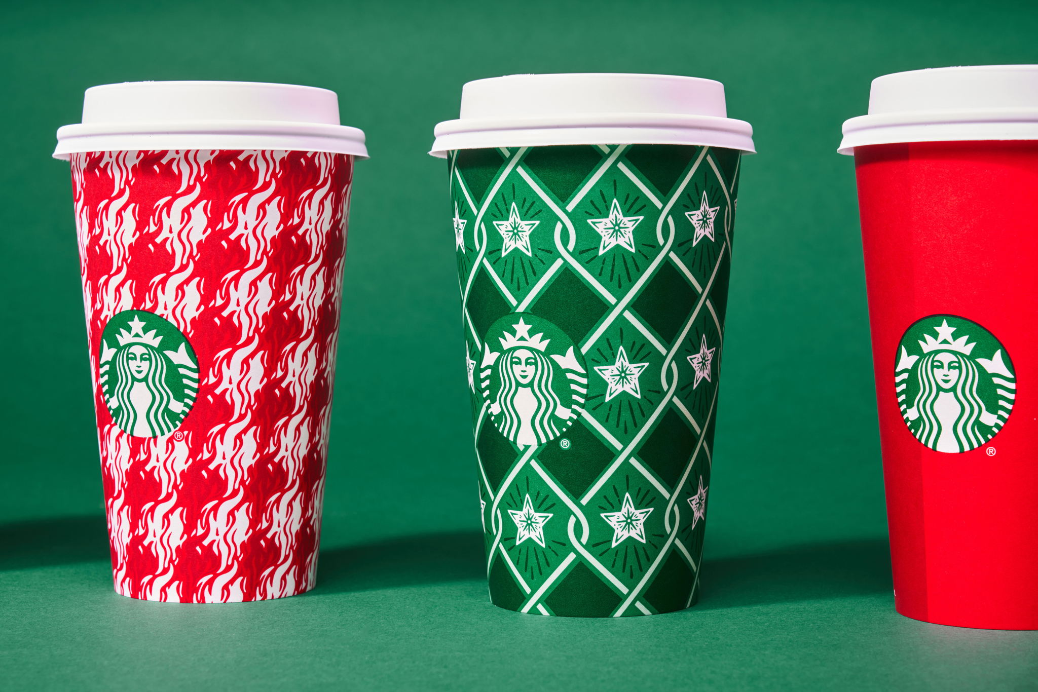 The_Dieline_Starbucks_Holiday-JStrutz-103018-0095_1.jpg
