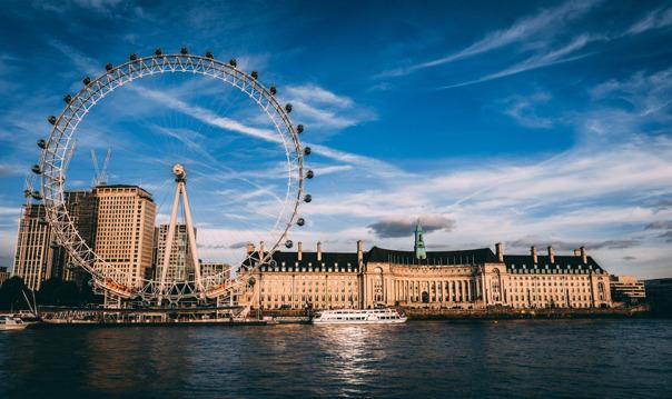 Лондон: круиз по Темзе с обедом