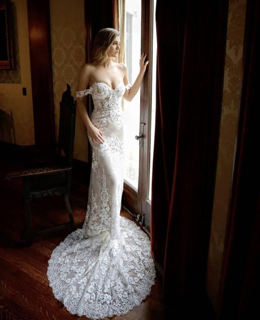 BLUE ENZOANI MAREENA WEDDING DRESS