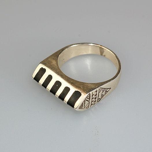 Серебряное геометрическое кольцо из Марокко