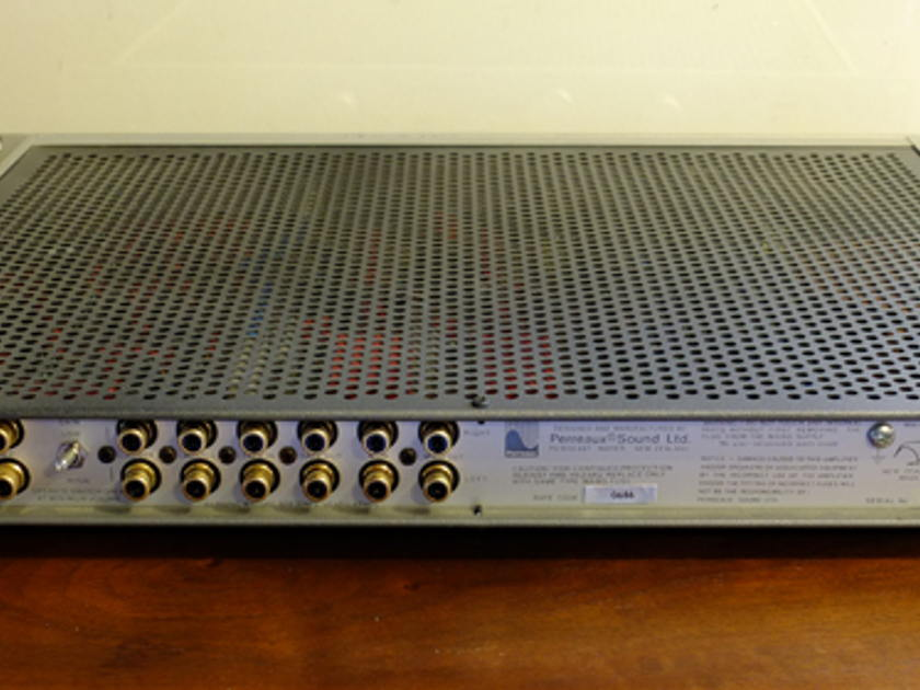 Perreaux SM3 Class A Preamp MM/MC