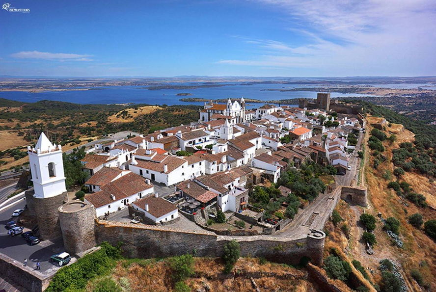 Portugal - monsaraz.jpg