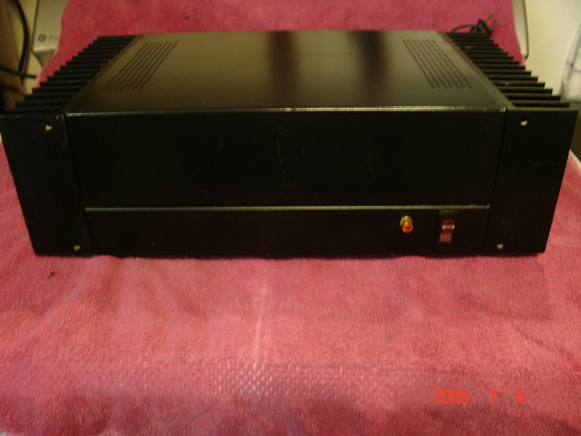 HAFLER DH-200 POWER AMPLIFIER