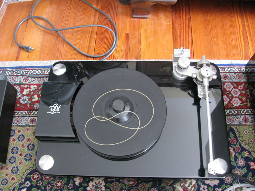 Vpi Aries w/ jmw memorial 12.5 tonearm