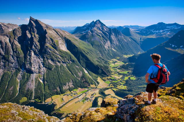 Alpine Hiking up Mt. Slogen 1564 MASL
