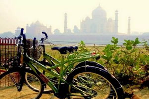 Cycling tour of Agra and the Taj Mahal