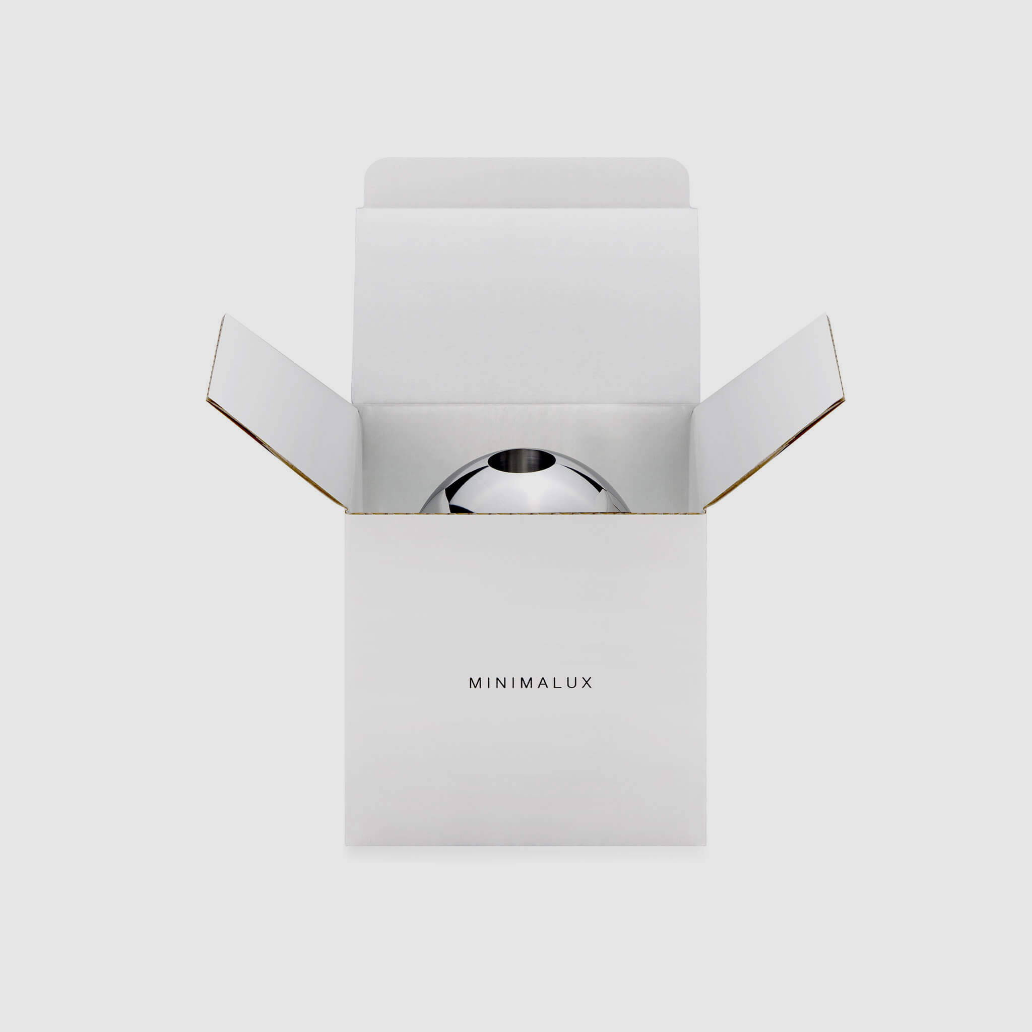 O Candleholder packaging