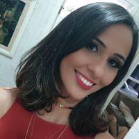 Caroline Fernandes