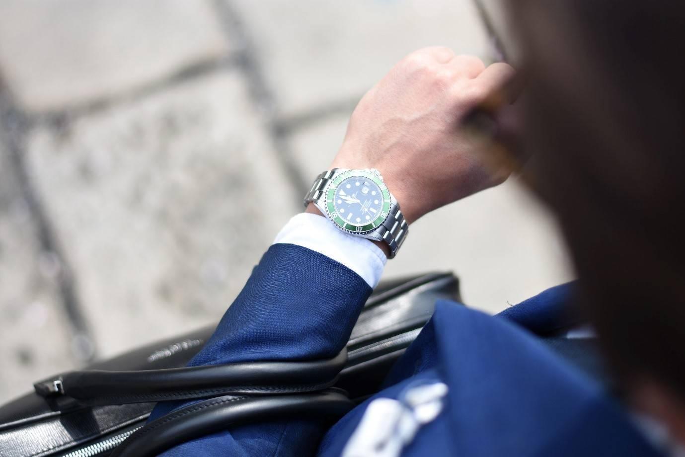 Comment porter une montre