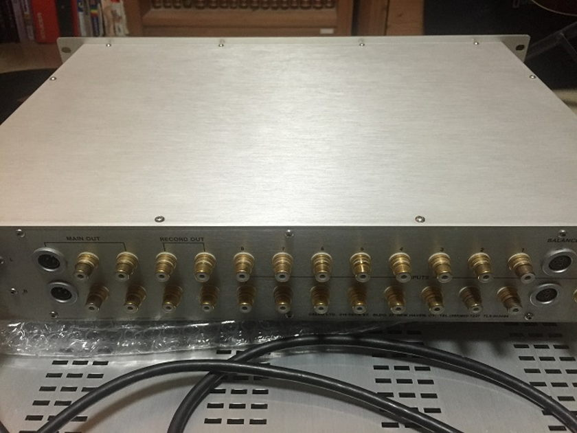 Cello Encore preamplifier