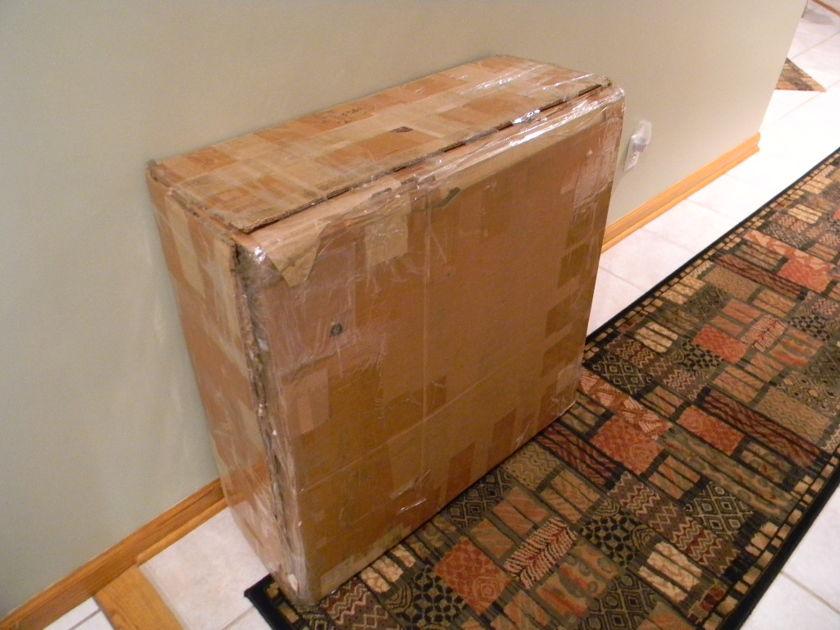 Auralex Acoustics Inc. T-fusors  Box of 7 unpainted