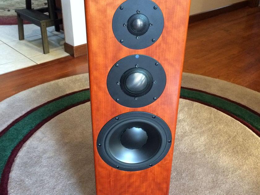 Totem Acoustics Shaman Excellent condition!