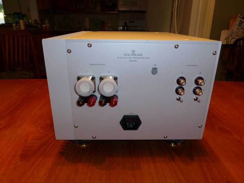 Goldmund Telos 352's TWO each 4 separate dig channels
