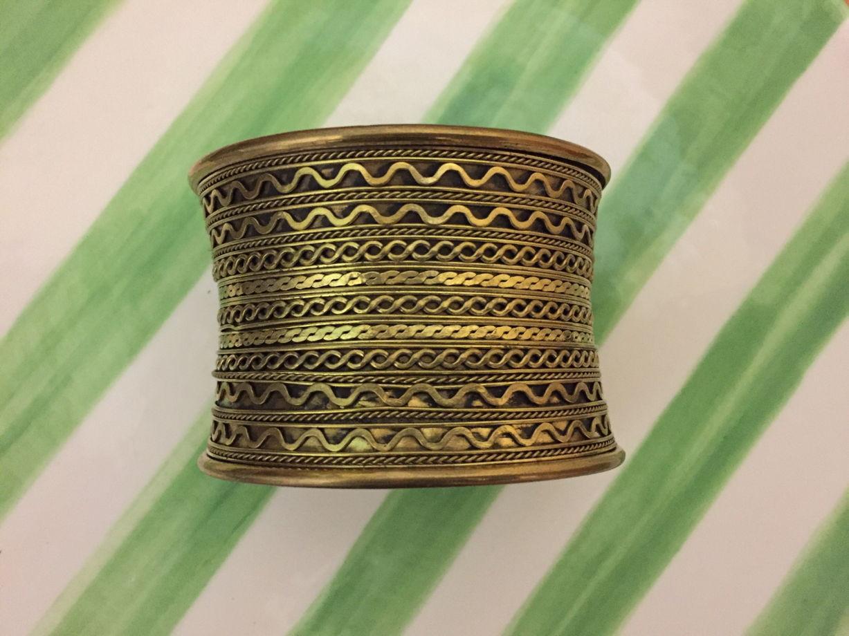 Индийский крупный браслет из латуни